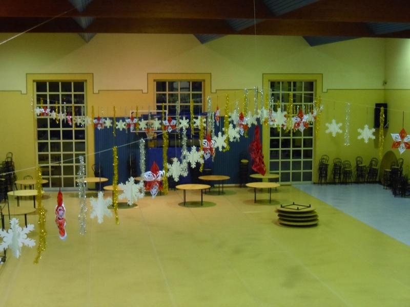 Addobbi natalizi in depron per casa e negozi